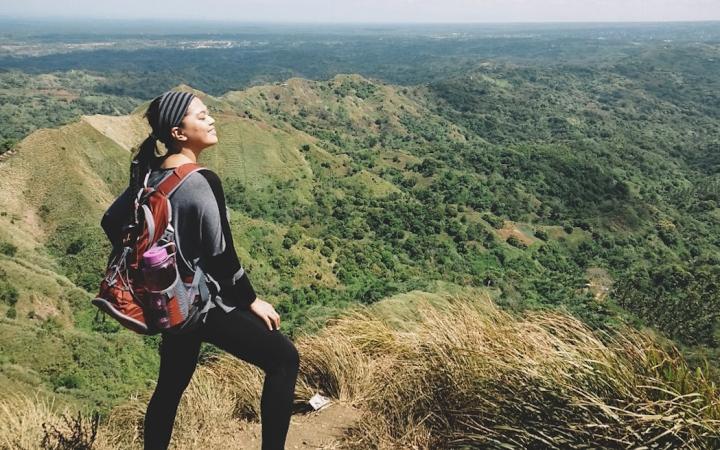 Walking on the 'Dinosaur Spine:'  Mt. Batulao,Batangas